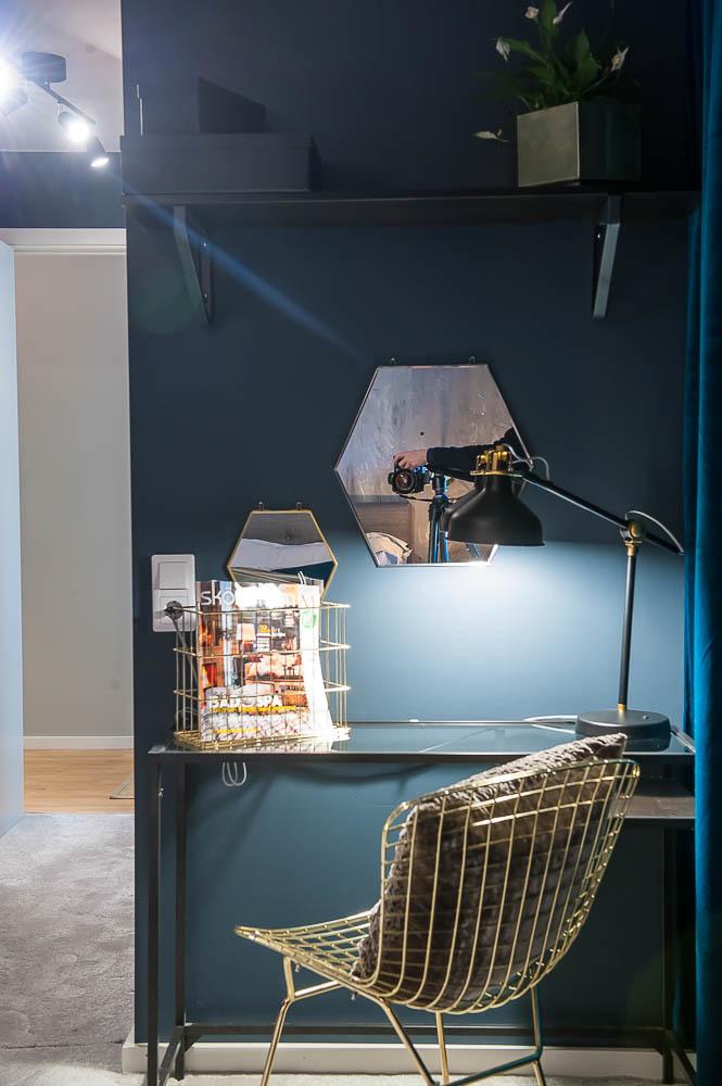Arbetsplats i master bedroom