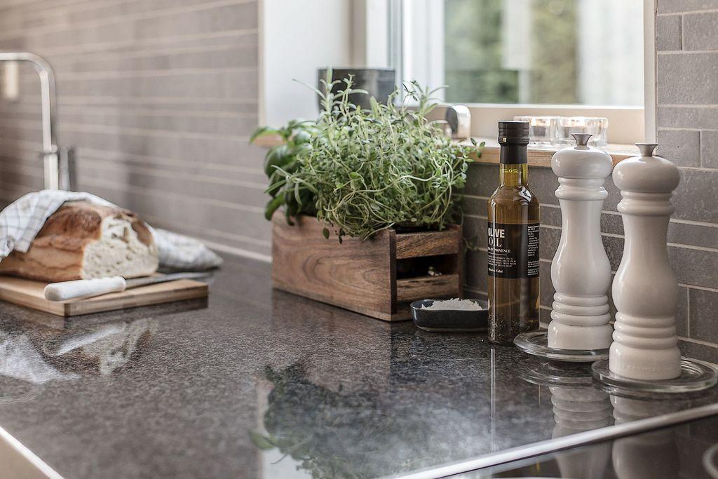 Fina stenskivor i köket