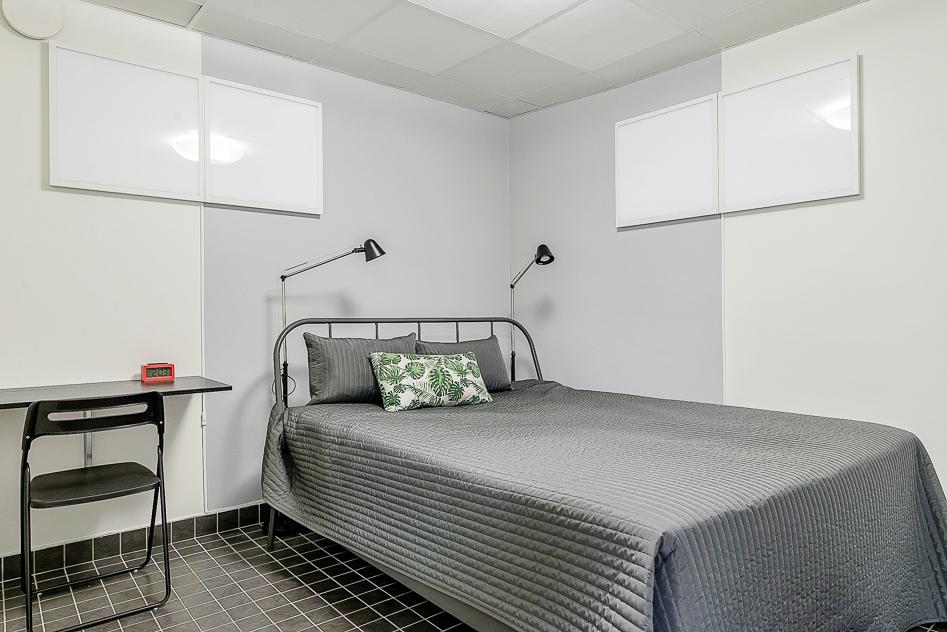 Sovrummet i övernattslägenheten