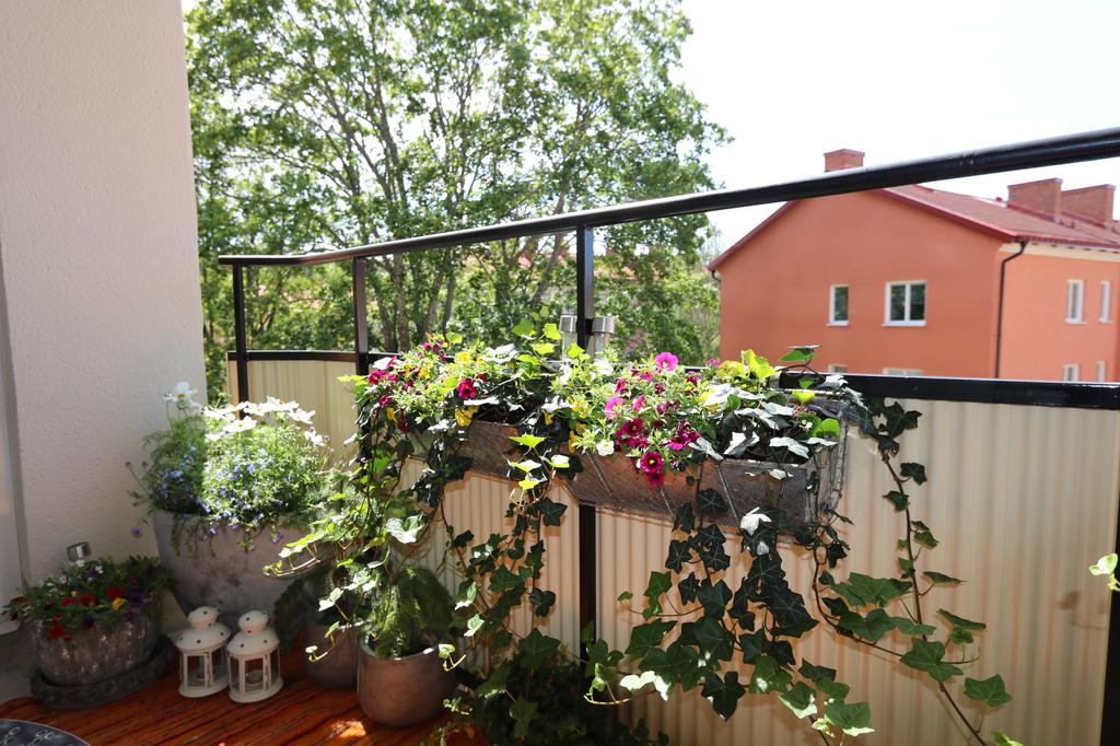 Balkongen mot vardagsrummet