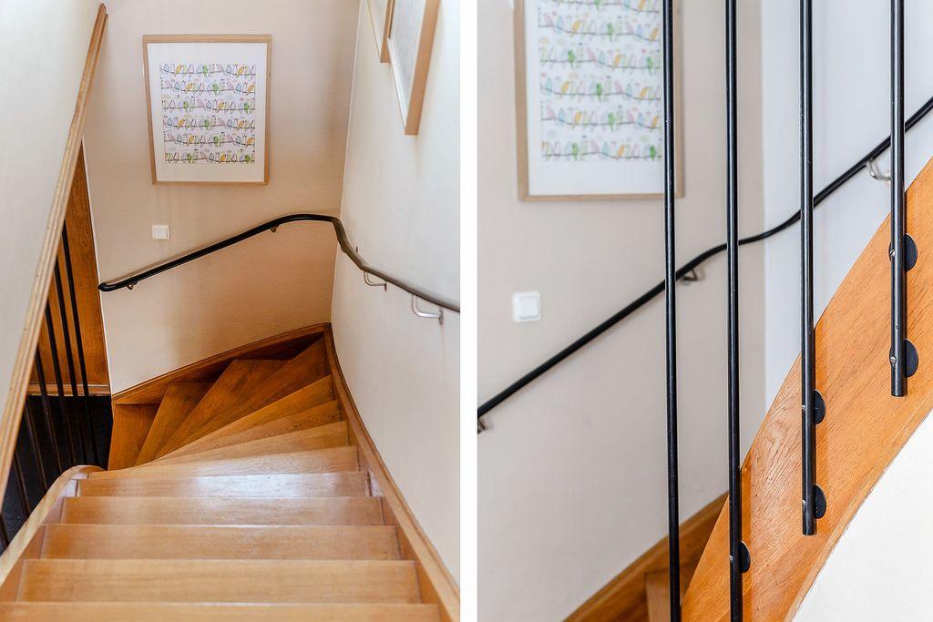 Vacker trappa med fina detaljer mellan entréplan och övre plan