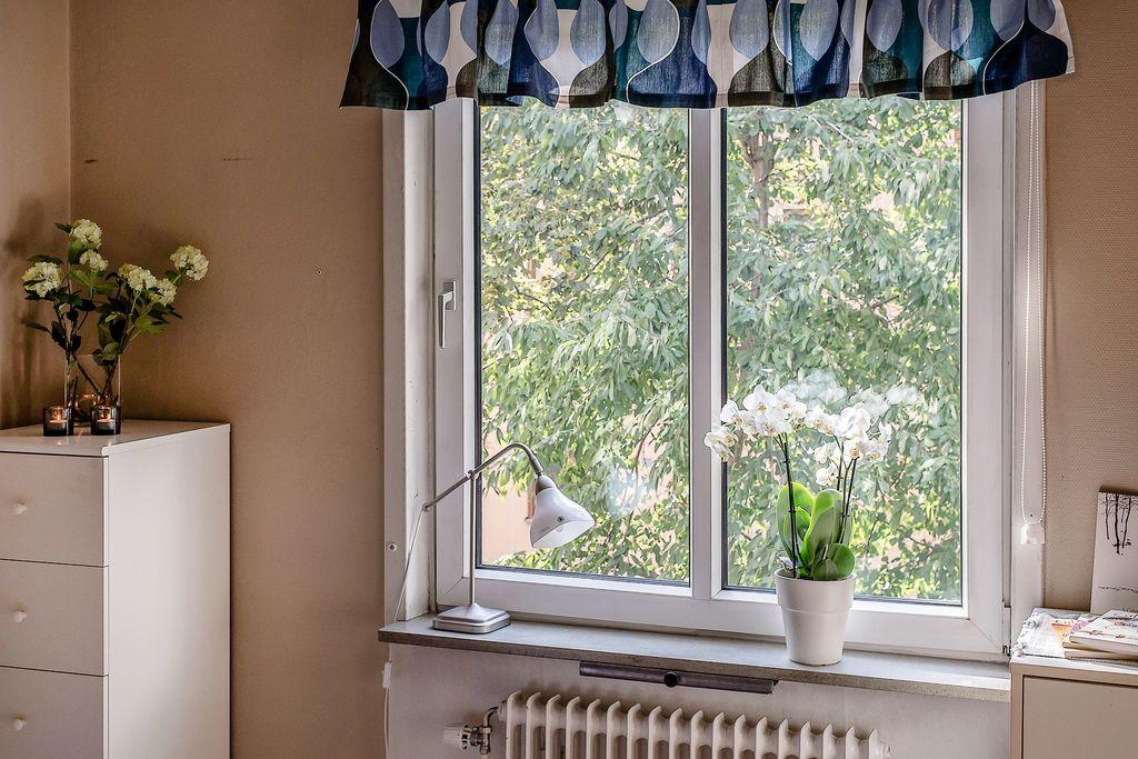 Fönster i sovrummet