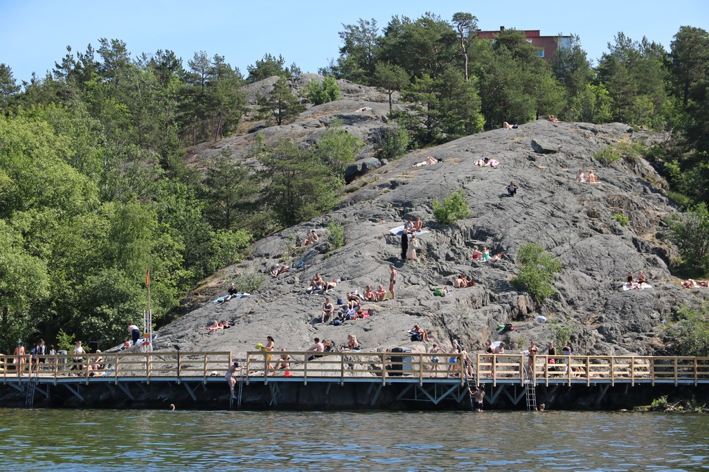 Stege vid Örnsbergs klippbad