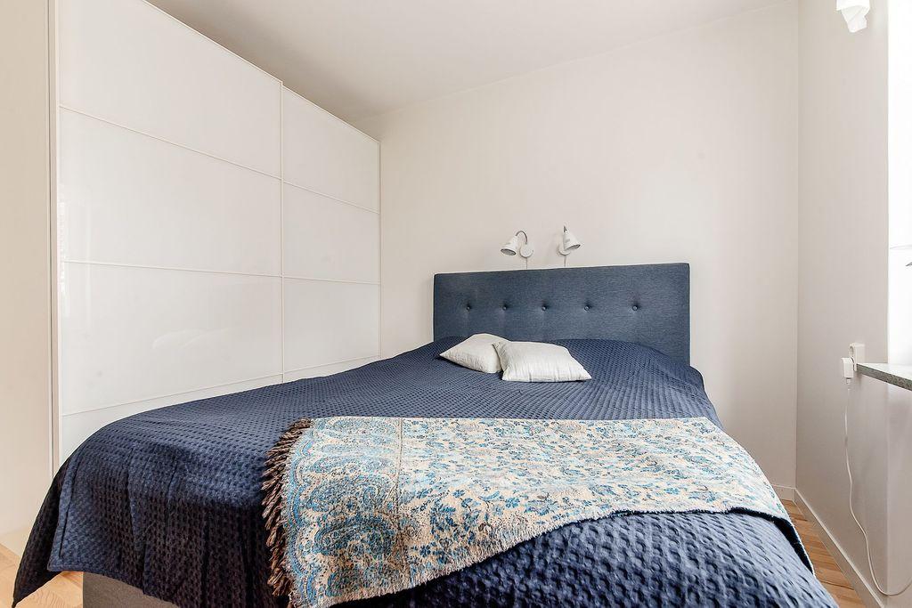 Hel garderobsvägg i Master bedroom