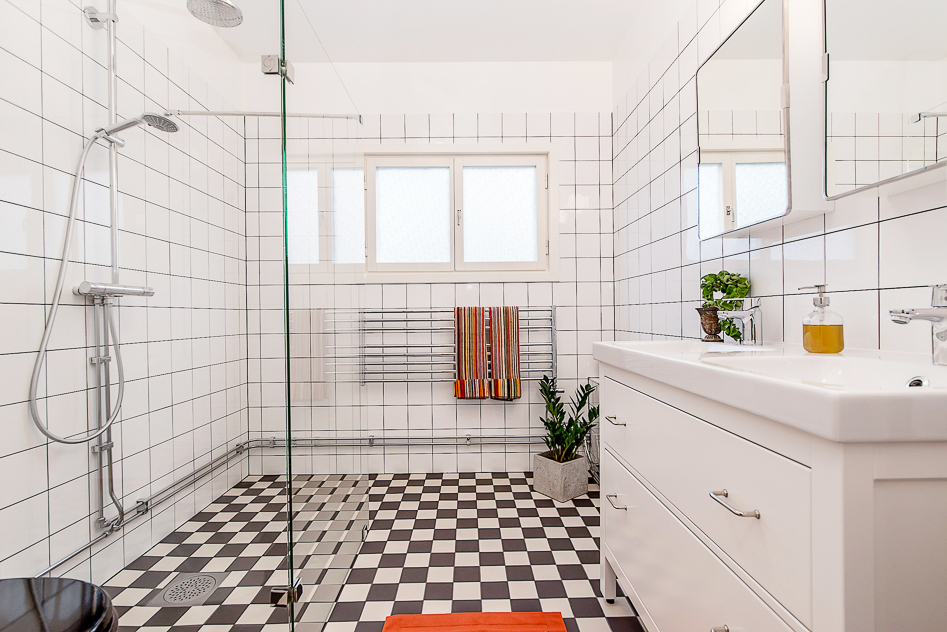 Snyggt och nytt badrum