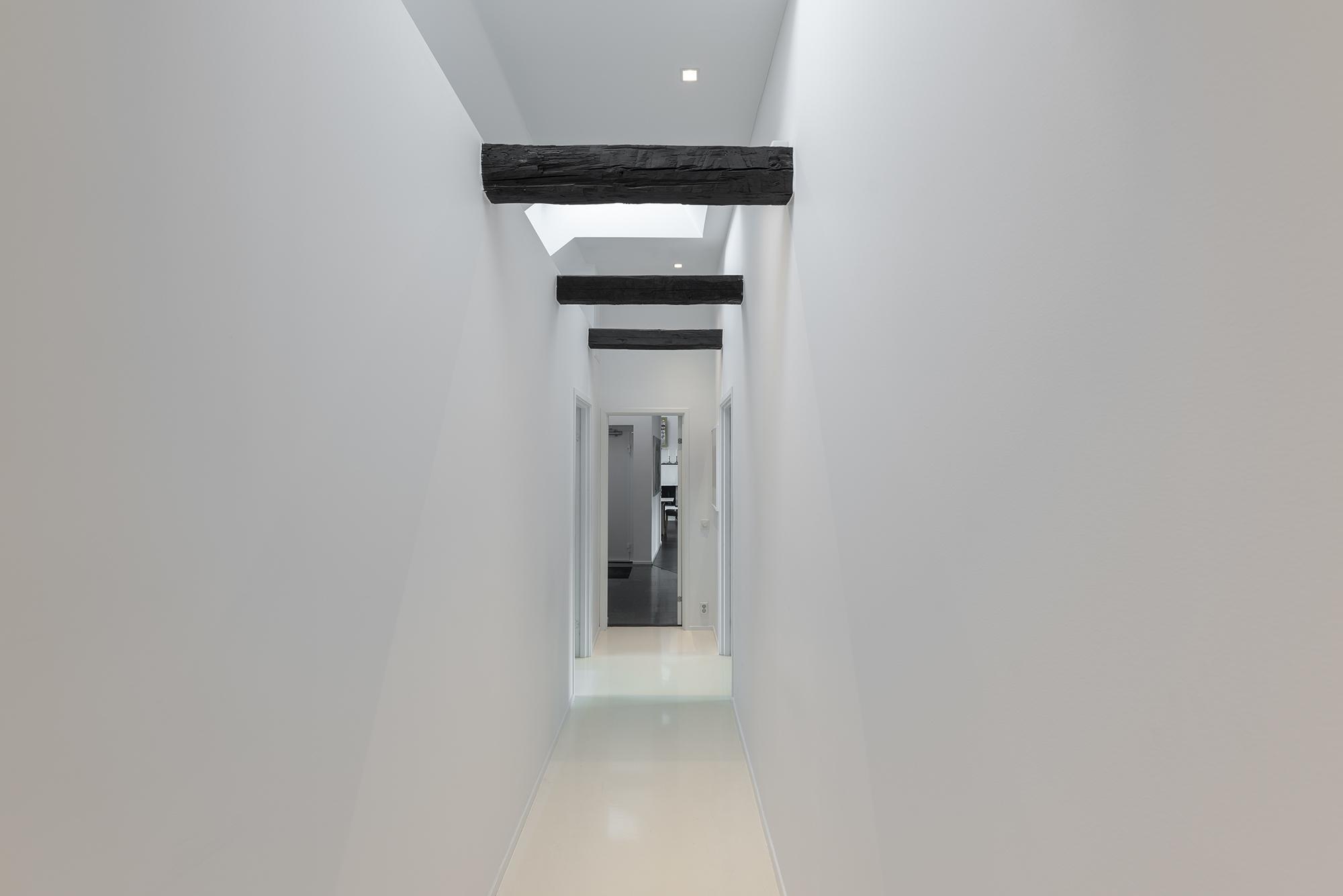 Hall med väggar för konst
