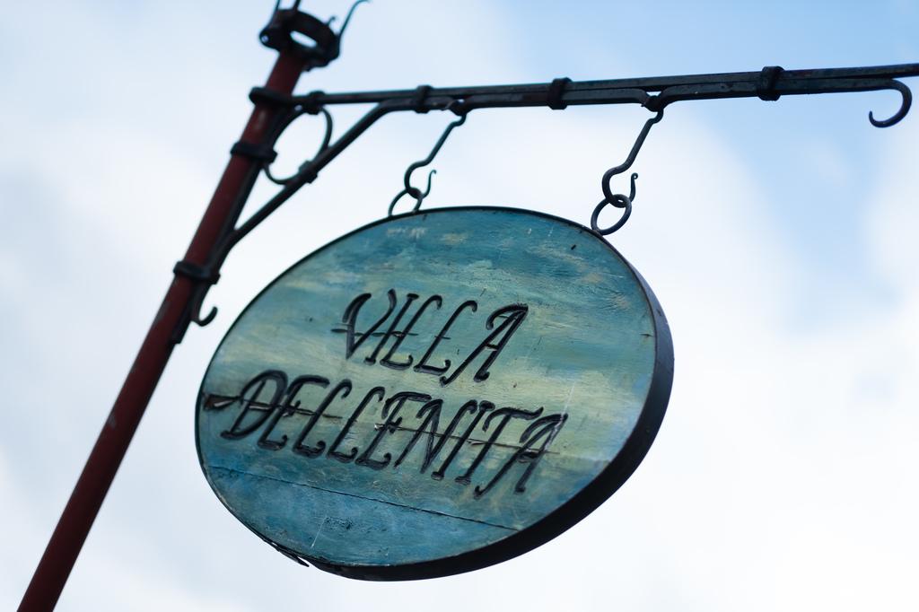 Välkommen till Villa Dellenita!, Övrigt